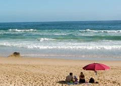 beach-towels-umbrella