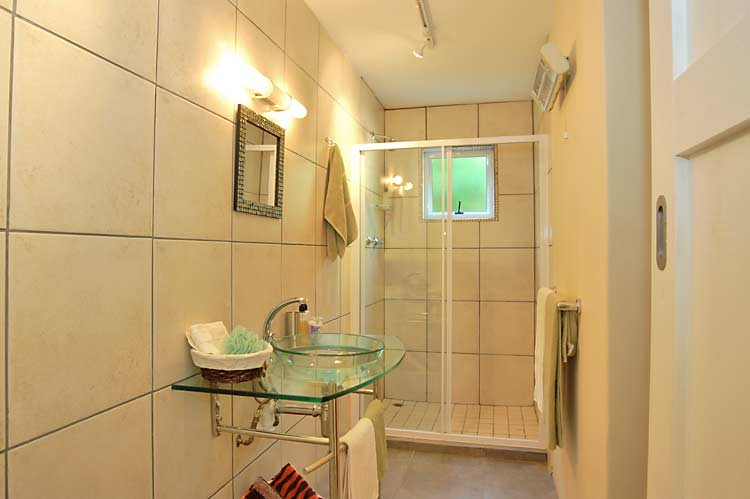 Studio 3 shower room